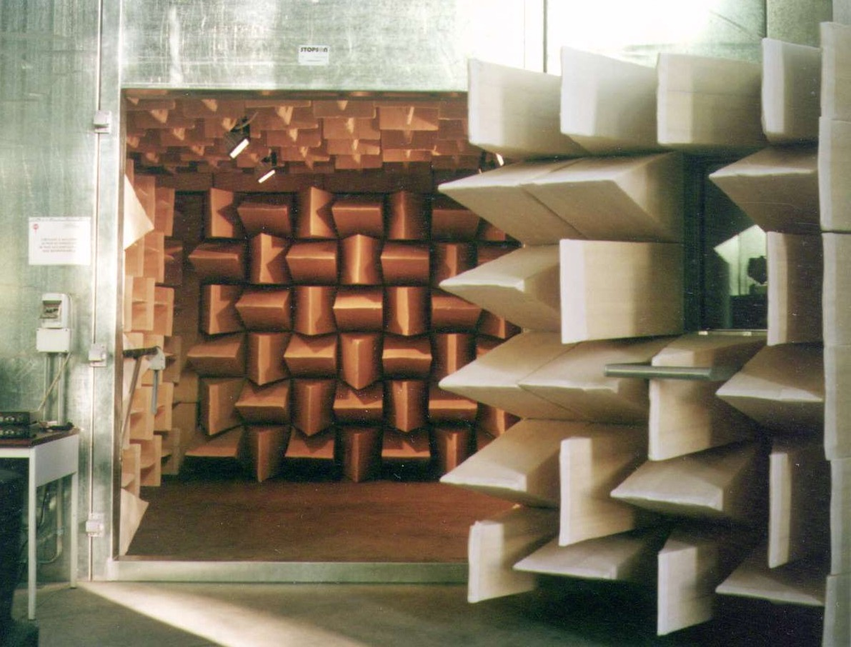 Semi - Anechoic Chamber for Industrial Acoustic Tests